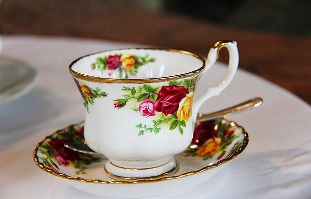 紅茶専門店まるさんかくしかくの場所や行き方は?予約方法やメニューもご紹介